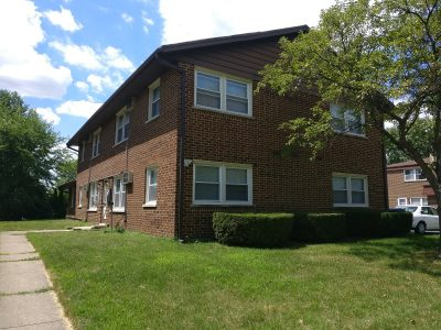 IMG_20180718_135321-400x300 Apartment Building For Sale 109 S Whispering Hills Dr Naperville IL 60540